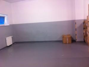posadzka żywiczna posadzki żywiczne farba żywiczna pegakote epoksydowa epoksydowe farby farba na beton do betonu posadzek posadzkę rust oleum 9100 5500 malowanie malowania garażu warsztatu piwnicy 7100 podłogę podłogi chemoodporna chemoodporne do podłóg magazyn magazynu